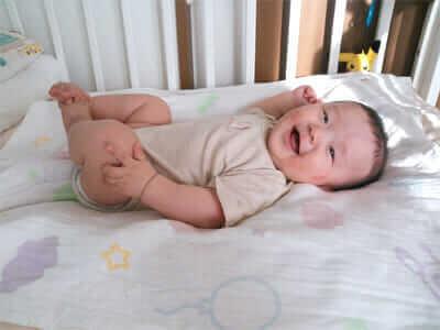 スグネでネンネの赤ちゃん